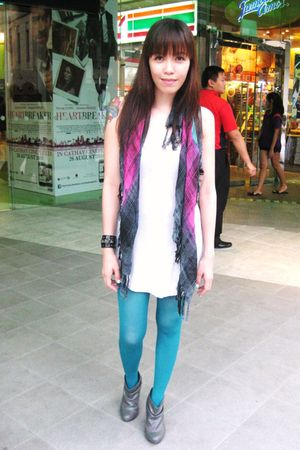 Mango top - H&M tights - Zara scarf - Zara shoes
