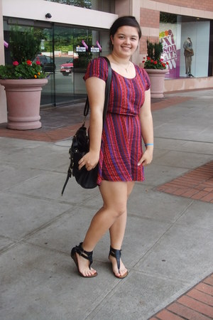maroon Mimi Chica dress - black GoJane bag - black GoJane sandals