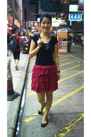 black Mark & Spencer t-shirt - red H&M skirt - brown shoes