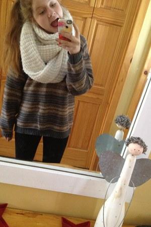 white Aldo scarf - thrift sweater - black black leggings Lululemon leggings