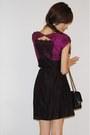 Magenta-lace-dress-black-strappy-shoes-black-medium-flap-bag-black-skinny-