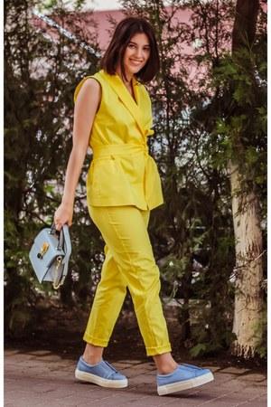 yellow Malu blazer - VIPshop bag - yellow Malu pants - blue Lapti sneakers