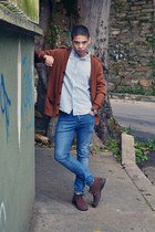 brown suiteblanco cardigan - dark brown Hugo Boss boots - blue H&M jeans
