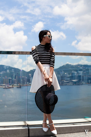 straw hat kate spade hat - white H&M skirt - stripes Forever 21 top