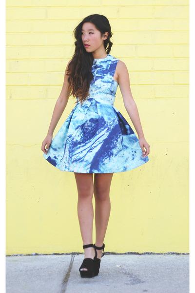 sky blue AQAQ dress - black Zara sandals