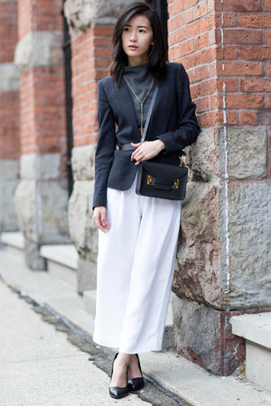 white Zara pants - navy Theory blazer - black Sophie Hulme bag
