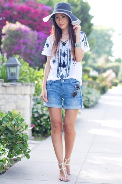 blue 7 for all mankind shorts - brown Marc by Marc Jacobs sunglasses