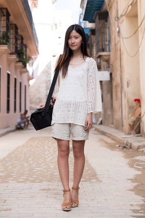 white Uniqlo shorts - white Uniqlo top - white Lucky Brand top
