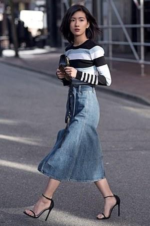 blue Tularosa skirt - sky blue Lovers  Friends top - black stuart weitzman heels