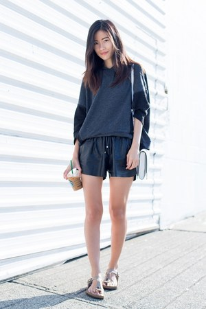 black Zara top - line and dots shorts