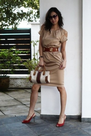cynthia rowley dress - Gucci purse - hilly belt - Beverly Feldman shoes