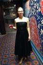 Black-thrifted-dress