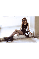 black vagabond boots - black killstar bag - black H&M shorts