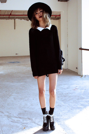 black Missguided boots - black Desire Clothing sweater