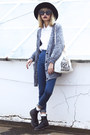 Black-dr-martens-boots-navy-young-hungry-free-jeans-white-choies-bag
