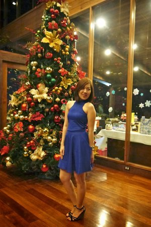 blue apartment 8 top - blue apartment 8 skirt