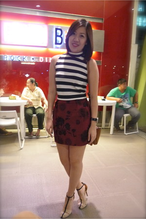 brick red Zara skirt - black Bershka top