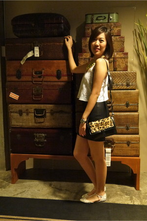 black Zara skirt - white Topshop top - yellow Zara necklace