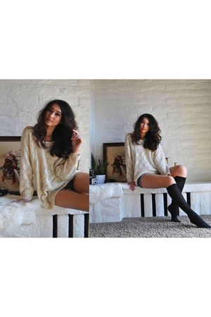 eggshell crochet vintage sweater