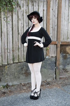 strappy heels heels - black and white dress - floppy hat hat