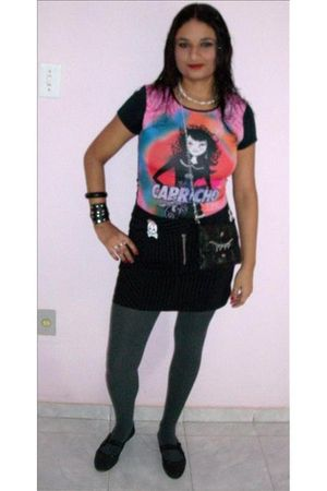 black Capricho blouse - black skirt - gray trifil socks - black Moleca Beira Rio