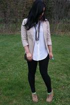 beige Express blazer - white Bebe blouse - black Pop culture leggings - brown Je
