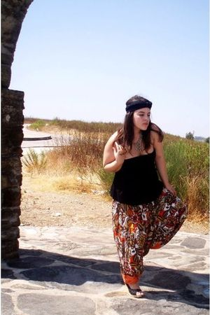black Bershka top - black Parfois purse - black vintage necklace - black shoes -