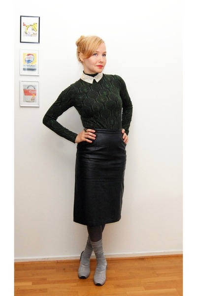 black Weekday Vintage skirt - forest green nanso shirt