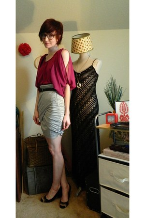 cut out sleeve xhiliration top - braided Walmart belt - Ella Moss skirt