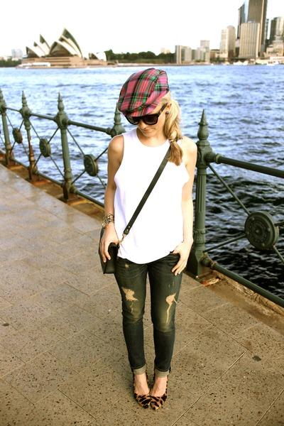 rag & bone jeans - Ray Ban sunglasses
