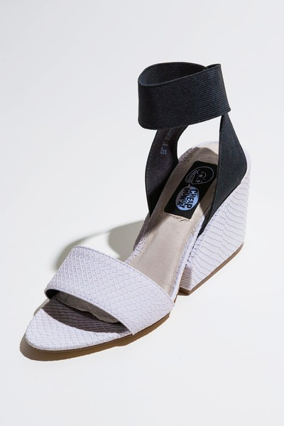 Cheap Monday wedges