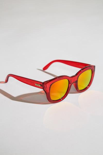 6e5ae636534 Le Specs   39 Runaways  39  Sunnies by wearekoshka