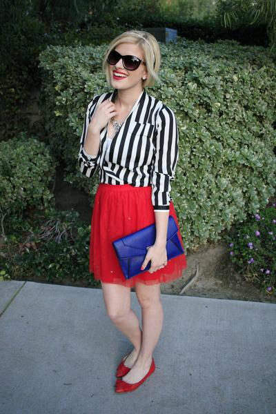 Red Tutu Wear In LA Skirts, Blue Clutch Daily Look Bags ...