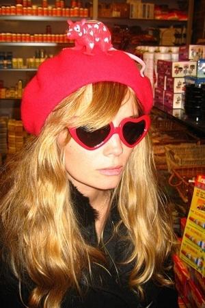 American Apparel hat - sunglasses
