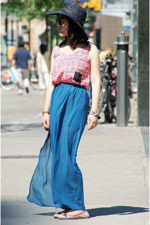 turquoise blue Olivia skirt - black Forever21 hat - red Olivia top
