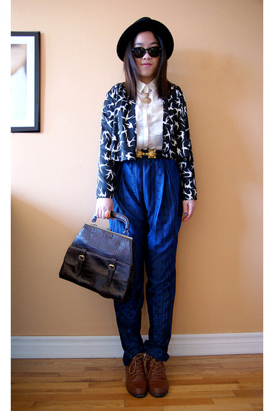 black H&M hat - navy Olivia pants