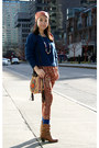 Navy-h-m-sweater-camel-urban-outfitters-bag-tawny-exotic-print-olivia-pants
