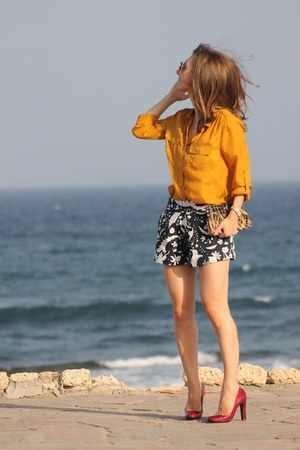 Zara shorts - cesare paciotti heels