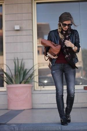 balenciaga bag - Guess jeans - Massimo Dutti intimate