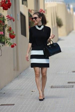 Zara skirt - Furla bag - Zara top