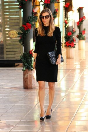 Burberry dress - Christian Louboutin pumps