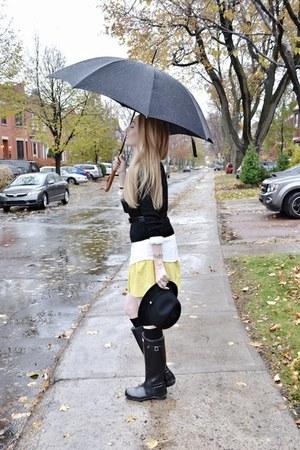 black Hunter boots - black Gucci hat - black Express sweater - black Hermes belt