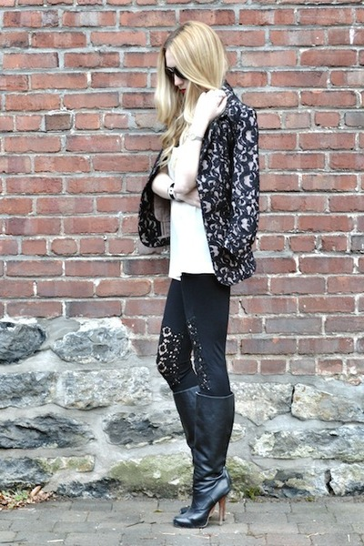 black TART Collections blazer - black J Brand leggings - black Chanel bracelet