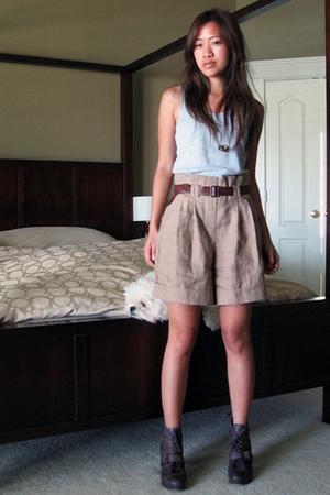 forever 21 shorts - kohls shirt - seychelles boots