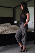 gray Esprit pants - black Rampage shoes - black kohls t-shirt