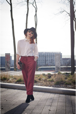 marsala new look pants - RED valentino boots - fedora vintage hat