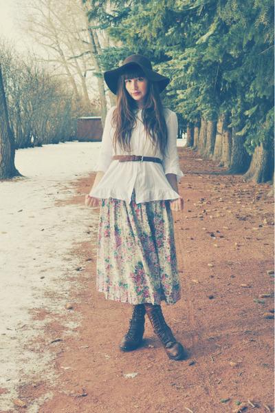 Shoppalu skirt - store in montana boots - floppy hat JCPenney hat