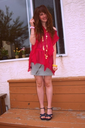 winneres blouse - Aldo necklace - H&M - Nevada shoes - moms bracelet