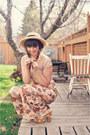 Nude-shapewear-vedette-shapewear-bodysuit-beige-sunhat-bow-sunhat-hat
