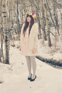White-h-m-vest-black-value-village-shoes-light-pink-oasap-dress